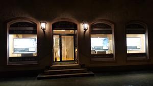 Comptoir d'achat et de vente d'Or de Breisach Comptoir National de l'Or de Breisach - Achat et Vente d'Or - Devanture nuit
