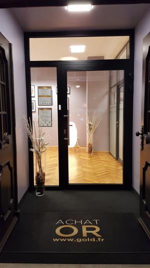 Comptoir d'achat et de vente d'Or de Breisach Comptoir National de l'Or de Breisach - Achat et Vente d'Or - Devanture nuit 2