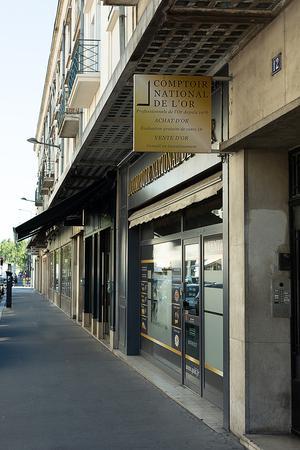 Achat Or & Vente d'Or Tours 37000 Rachat d'Or à Tours Comptoir d'achat et de vente d'Or de Tours - Vitrine 2